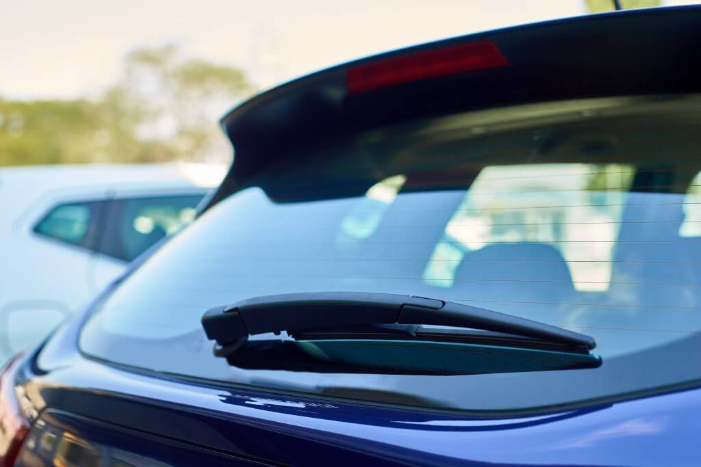 The Characteristics of Vehicle Rear Glass